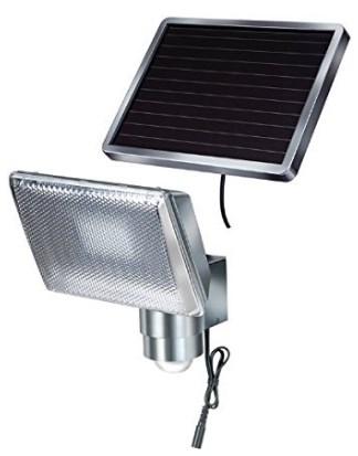 LED Strahler mit Bewegungsmelder Test 2 Brennenstuhl