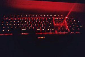 Mechanische Gaming Tastatur USB LESHP